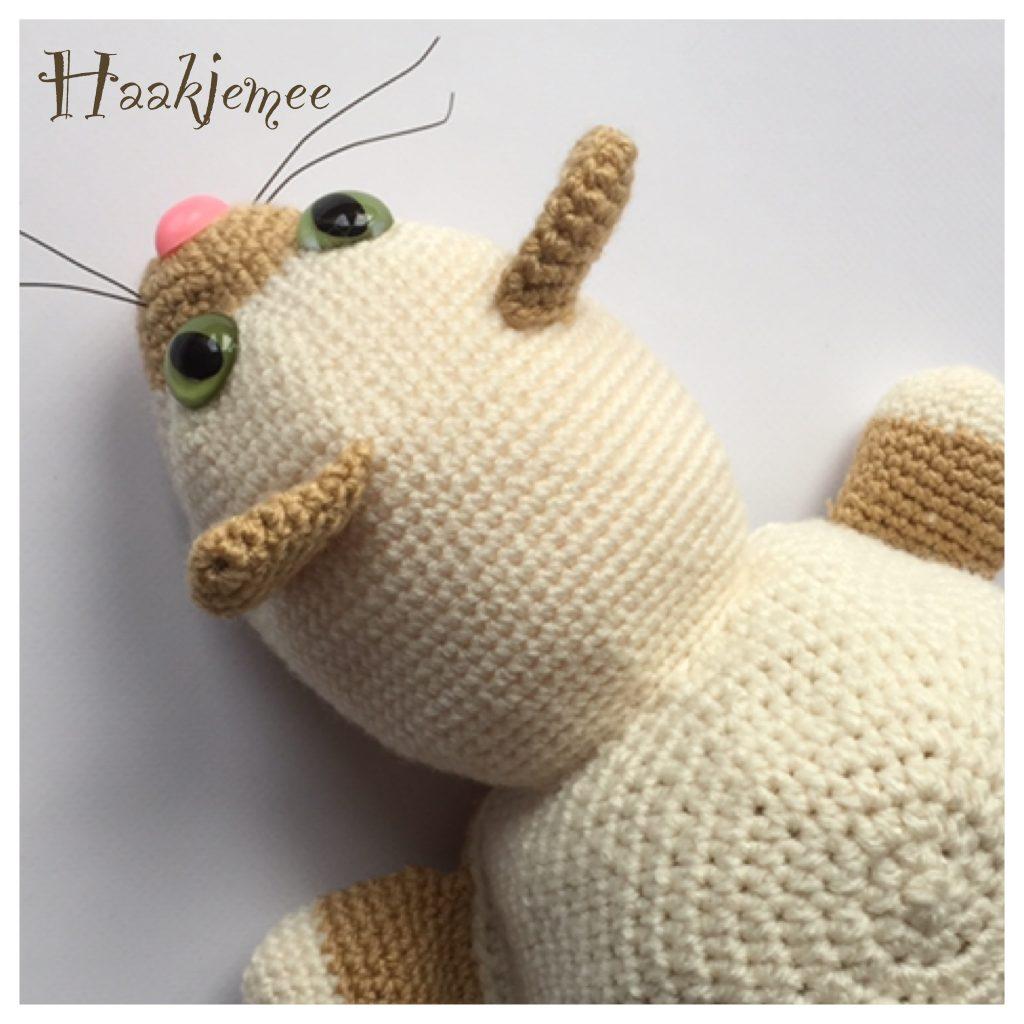 Flippable toy crochet pattern cat ears
