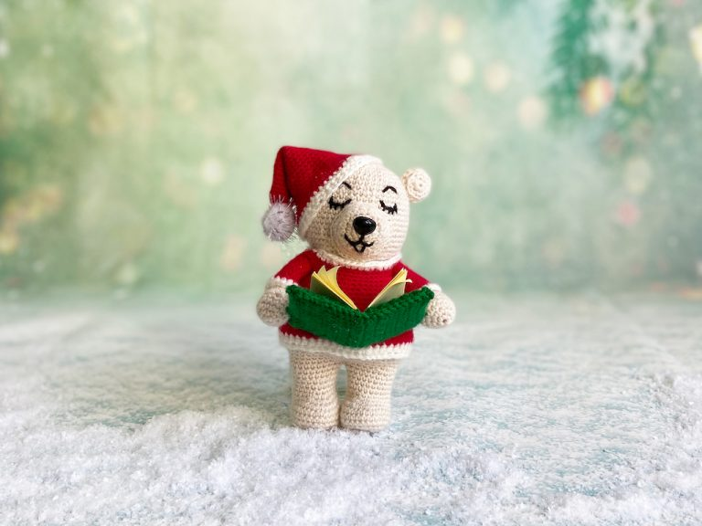 Zingende kerstbeer haakpatroon
