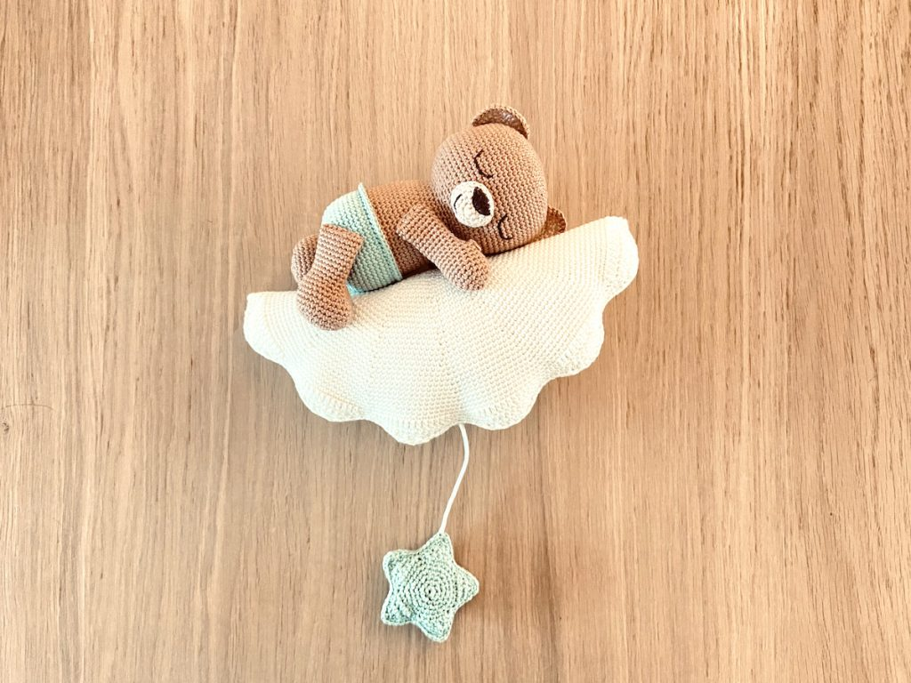 sweet dreams little bear crochet pattern star